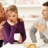 Cara Menghadapi Ibu Mertua yang Terlalu Campuri Urusan Rumah Tangga