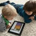10 Alasan Larang Anak Miliki Smartphone Sendiri