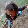 Demi Bersekolah, Anak-anak Ini Harus Memanjat Tebing Curam Setinggi 800 Meter Setiap Hari