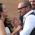 Pasangan Ini Buktikan Kalau Cinta Memang Layak Menunggu…!