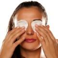 Cara Sederhana Atasi Kulit Kering di Area Bawah Mata