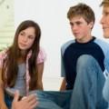 Kunci Utama Menghadapi Kenakalan Remaja