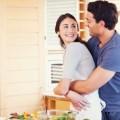 Kenali 7 Tanda Suami Bahagia