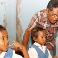 Pemulung Ini Bangun 2 Sekolah Gratis Untuk Anak Miskin